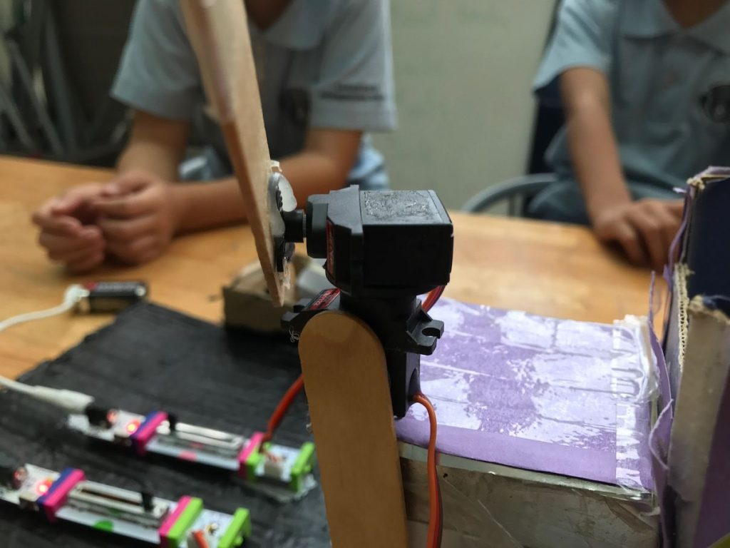 Grade 3 Urban Engineers with LittleBits